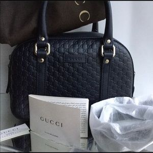 NEW 100% Authentic GUCCI navy leather crossbody